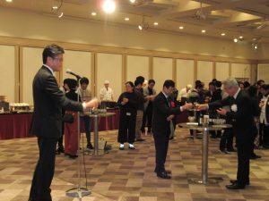 15_乾杯(川越常務理事)