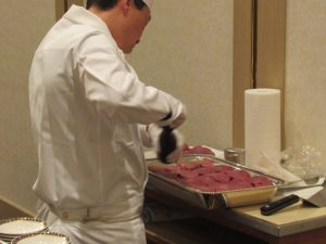 8_開式前ステーキの準備